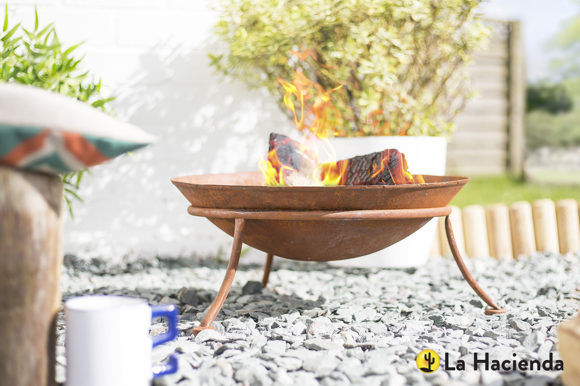 "Picture of FIREPIT - OXIDIZED STEEL & STAND ""KUTO"""