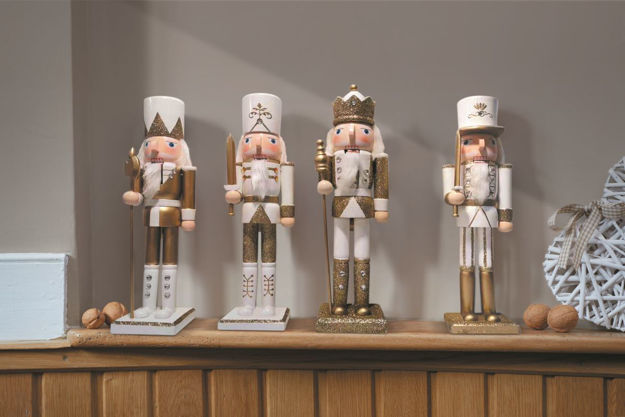 Picture of NUTCRACKER GOLD/WHITE LARGE 30CM